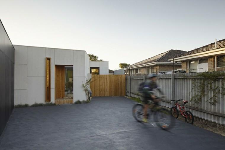 jardin suelo hormigon valla madera casa ideas