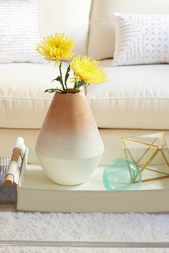 jarron estillo flores amarillas rombo