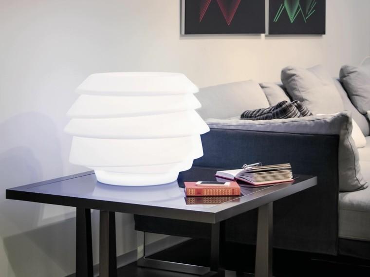 lampara blanca mesita noche ilumina dormitorio ideas