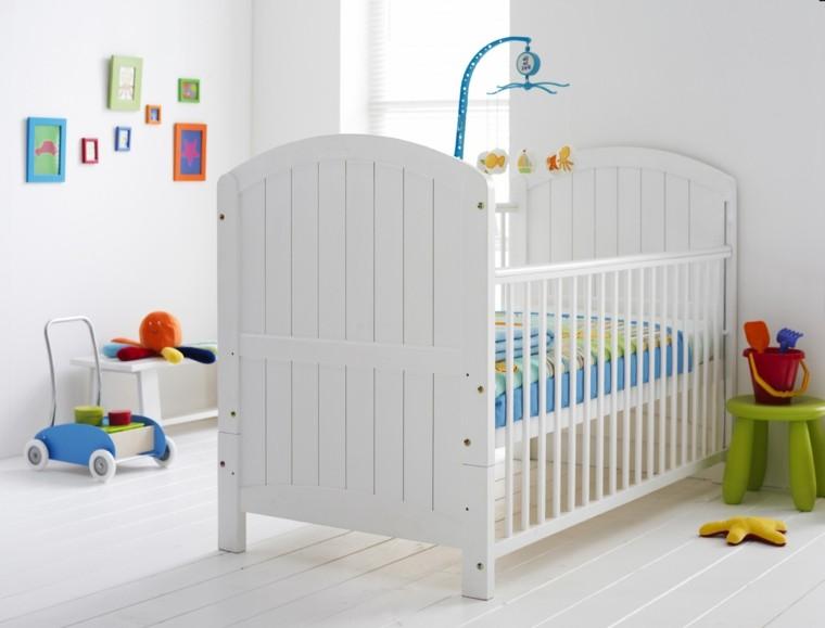 madera cama blanca carrito juguetes colorido