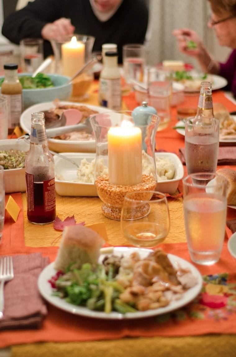 mesa comida centro tarro vela