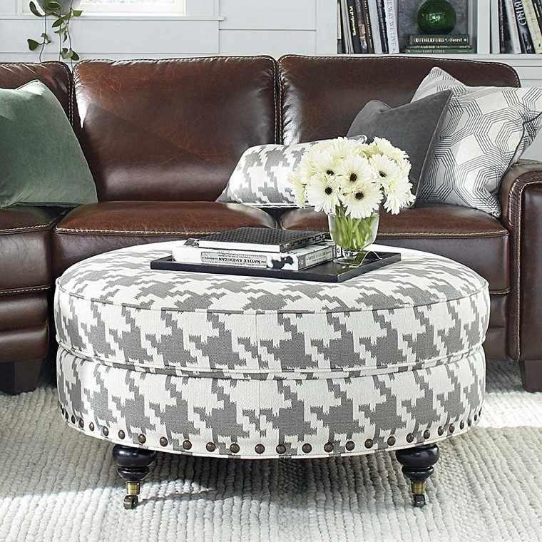 Fantástico De Cuero De Color Marrón Claro Muebles Otomana ...