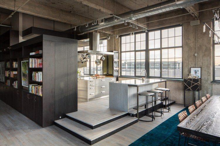 muebles moderno estilo industrial cocina isla alfombra azul sillas mimbre ideas