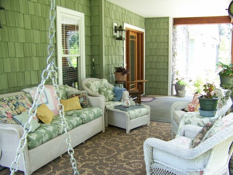 muebles rattan blanco terraza pequena alfombra ideas