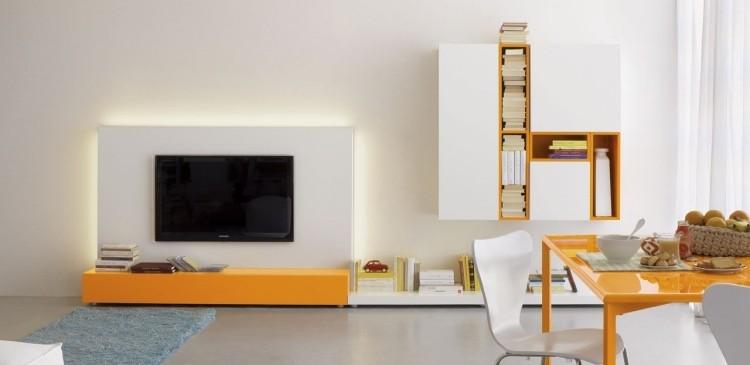 naranja televisor mesa alfombra acentos
