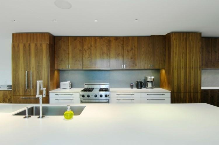panel-cocina-losas-piedra-gris-muebles-madera