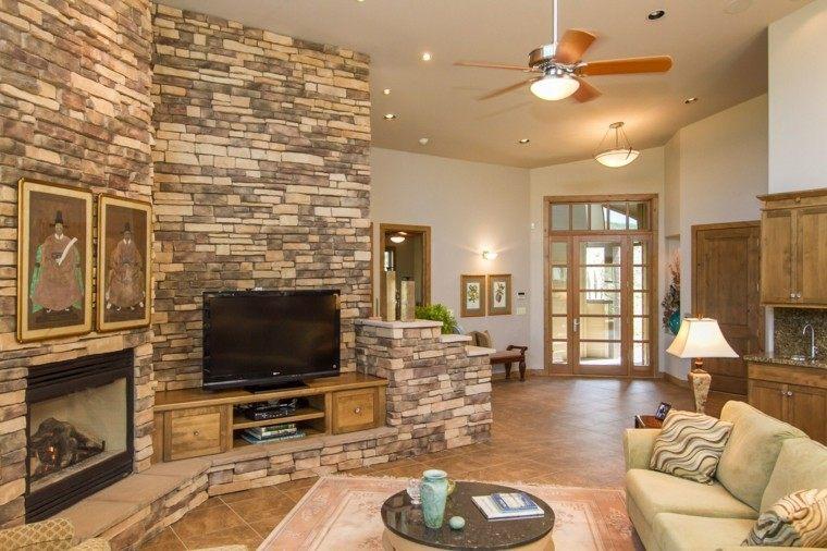 Ideas creativas para la pared de tu casa 50 fotos originales - Salones decorados con piedra ...