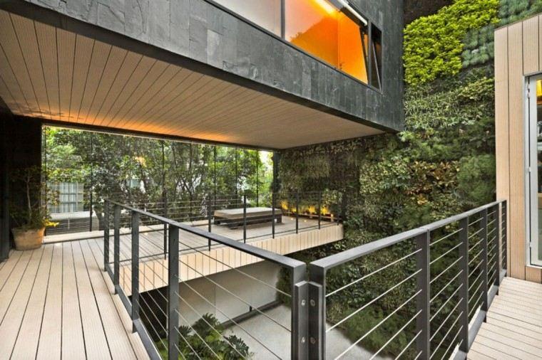 pared verticales balcon metal casa