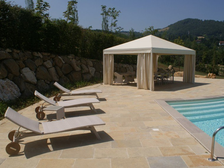 pergola moderna jardin piscina