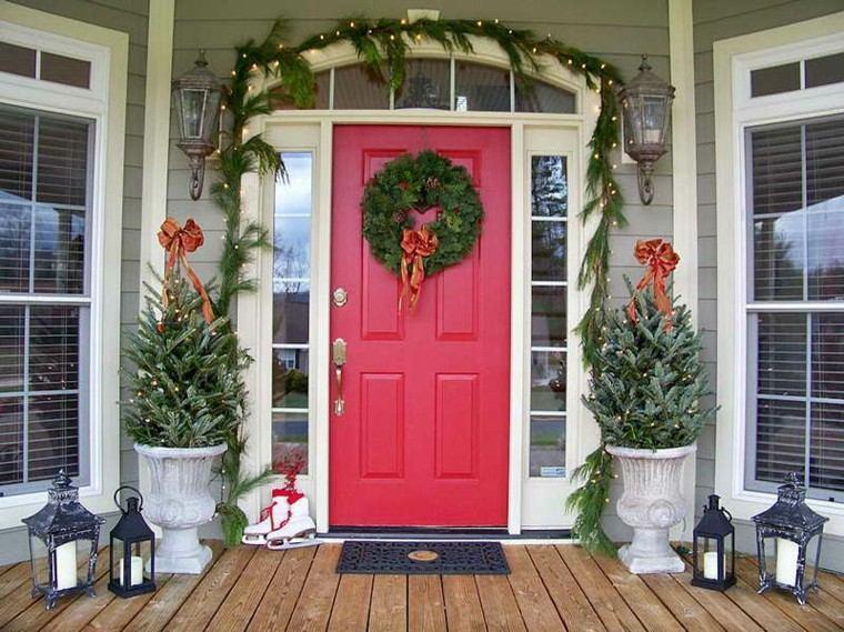 puertas decoracion plantas faroles rojo
