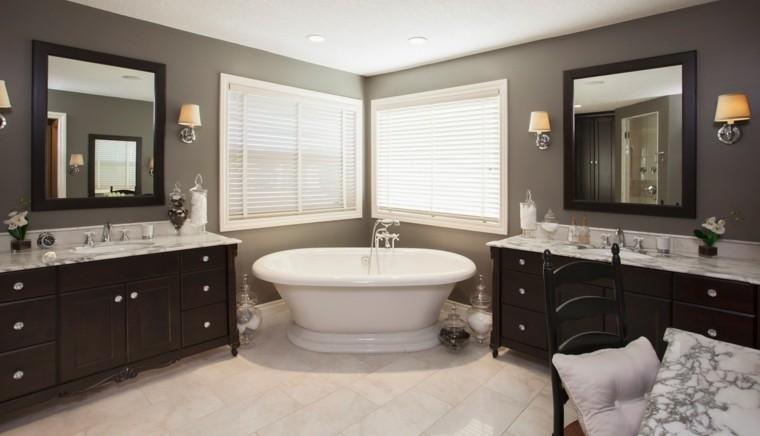 reformas de baños gris ventana lamparas