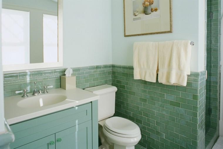 reformas de baños ladrillo textura flores