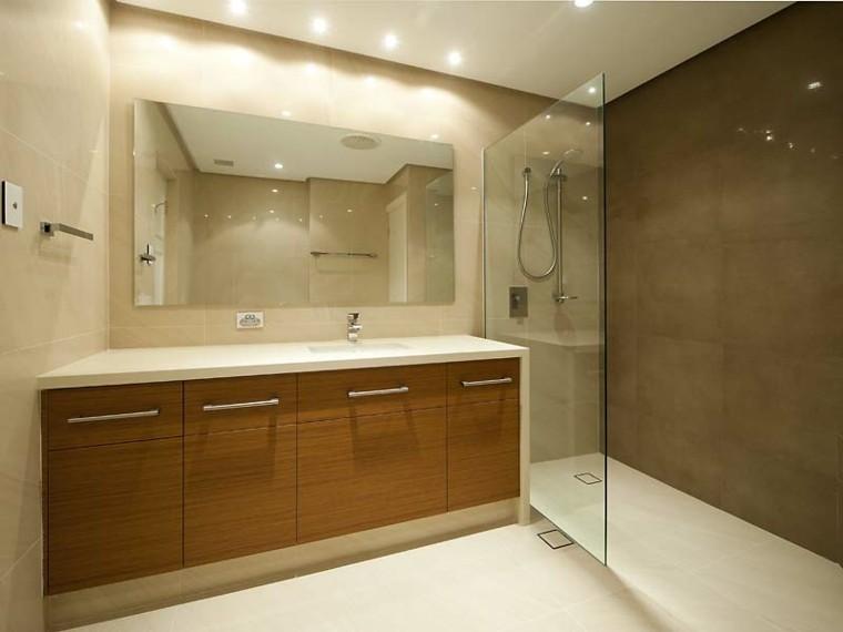reformas de baños madera led gavetero