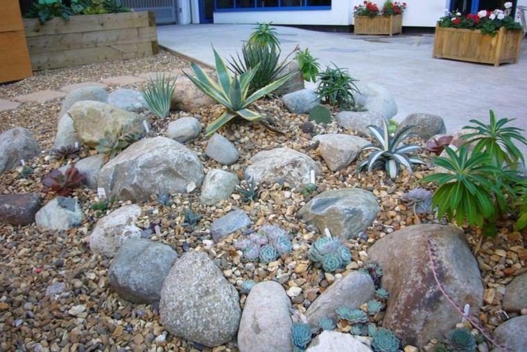 roca jardines grava madera maceteros