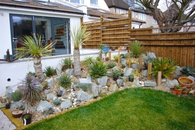 Roca jardines y naturaleza creando ambientes diferentes for Jardines con palmeras