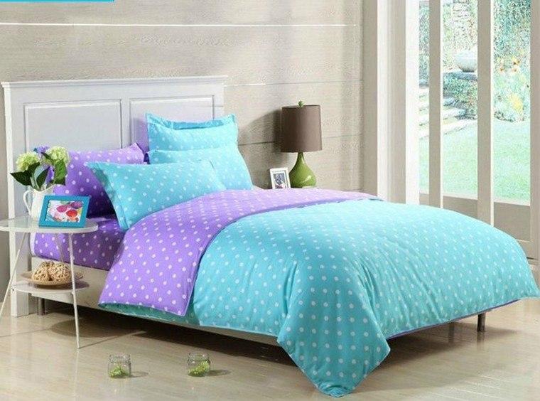 ropa cama color celeste violeta