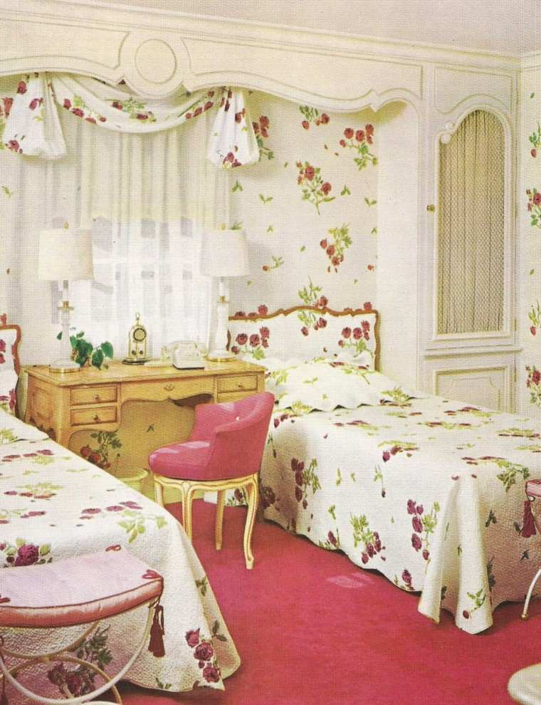 decoracion dormitorio vintage diseño ropa cama motivos florales