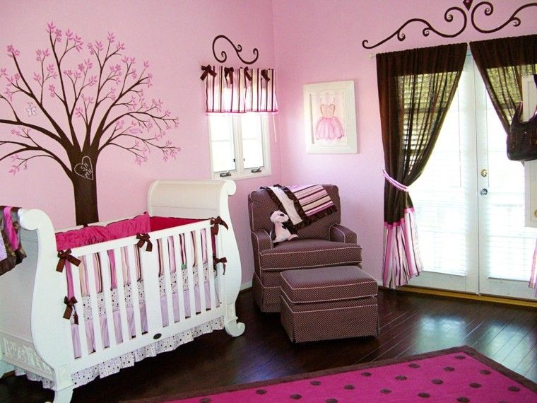 rosa intenso diseño arbol oso