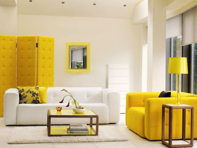 sala estar biombo sillon amarillo