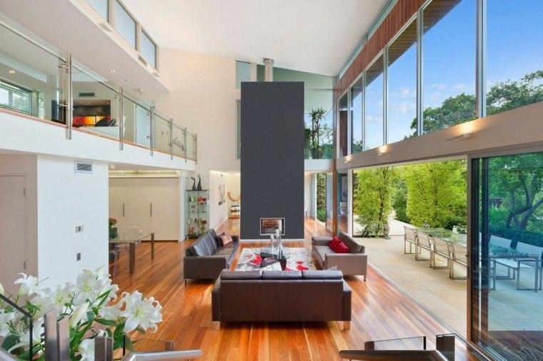 Tipos de chimeneas perfectas para un hogar acogedor for Techos salones modernos