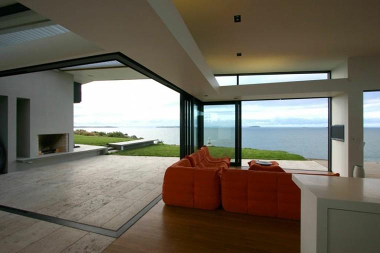 salon exterior cubierto techo sofá