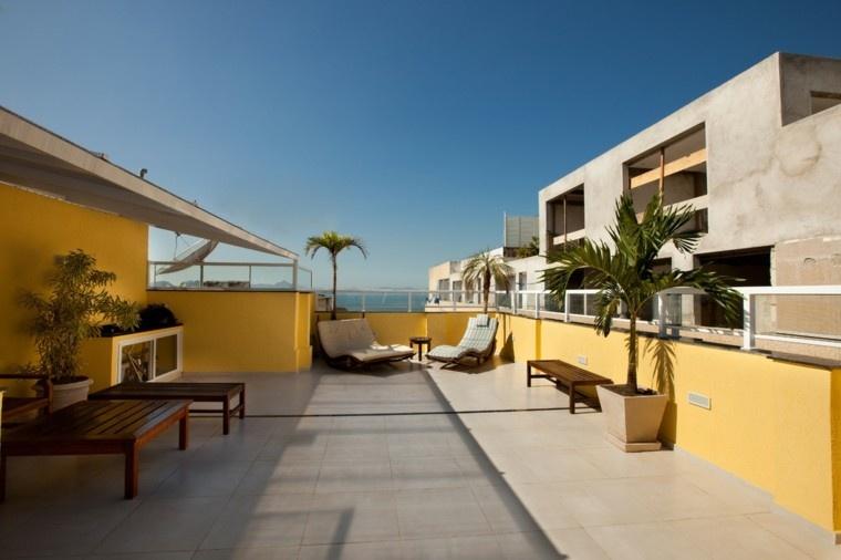 terraza deco atico color amarillo