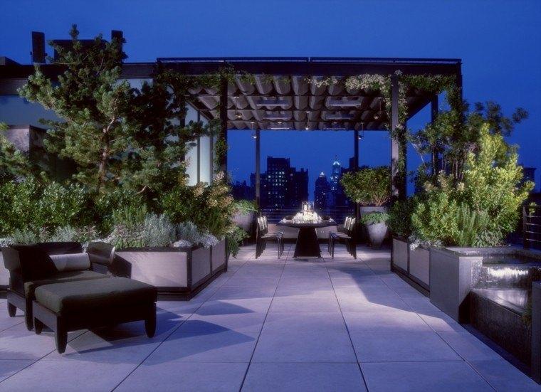 terraza atico pergola noche muebles