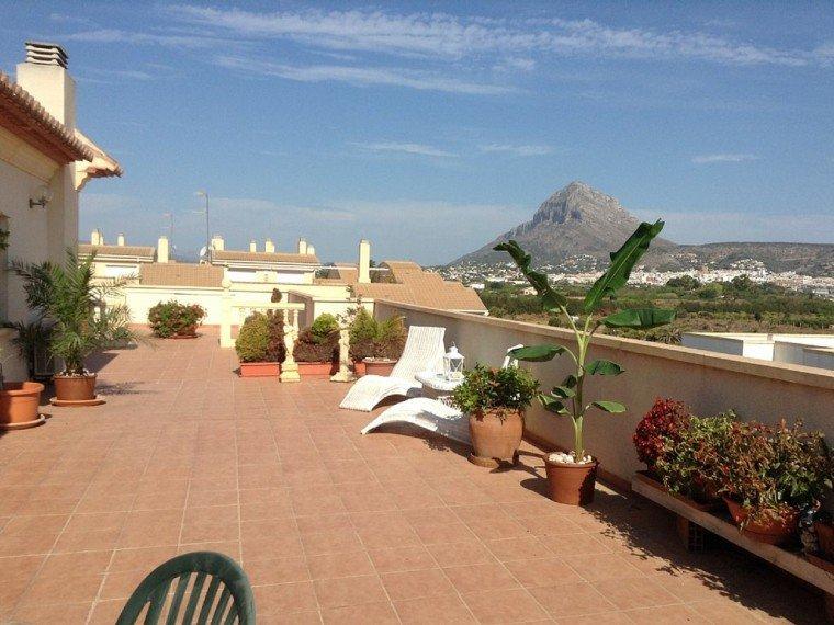 terraza atico vistas la montaña