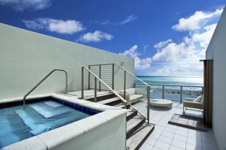 terraza estrecha jacuzzi estilo minimalista ideas