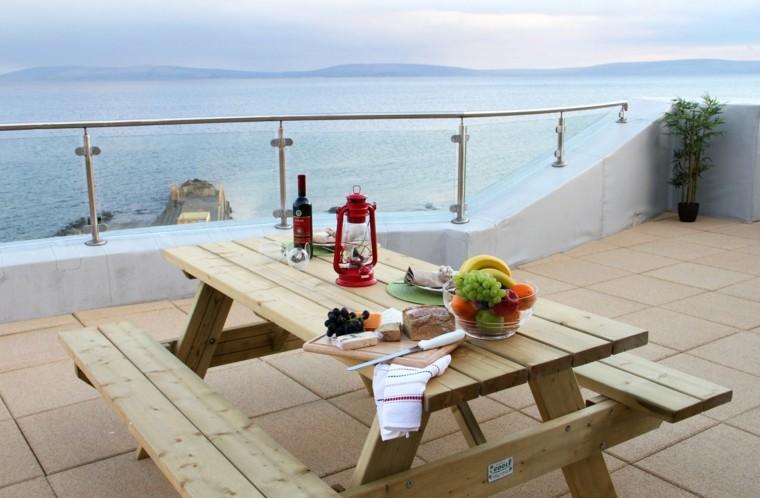 terraza mesa banco madera natural