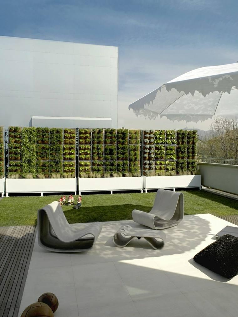 diseño terraza moderna jardin vertical