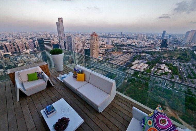 terraza estilo chill cojines colores