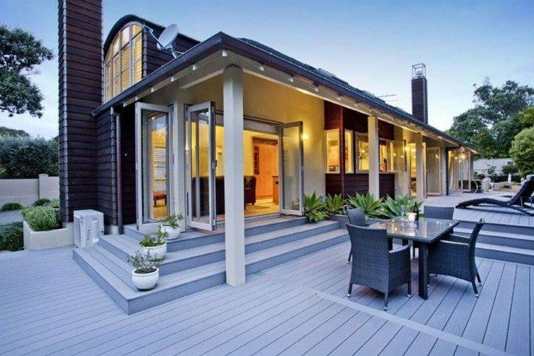 escaleras terraza macetas blancas suelo madera ideas