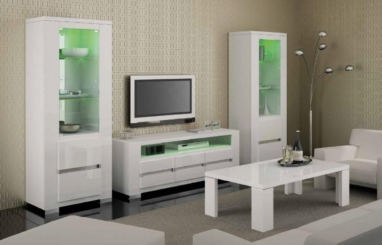 unidad pared blanca verde salon