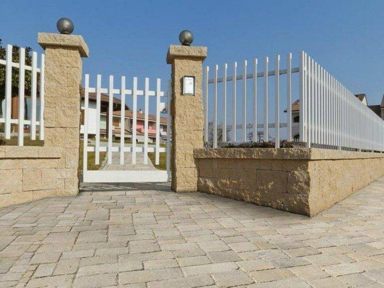 Vallas metalicas de madera u hormig n 50 ideas interesantes - Vallas para muros ...