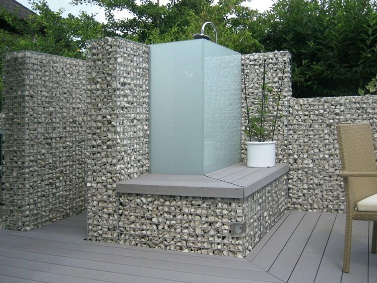 vallas moderna piedras rodear ducha jardin ideas