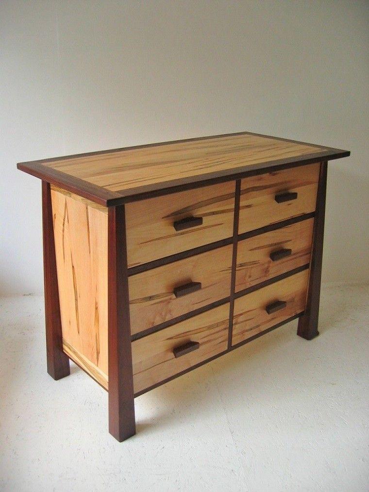 vestidores pequeños cajones madera
