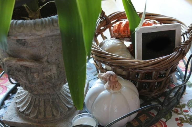 adorno calabazas cerámica  cesto mimbre