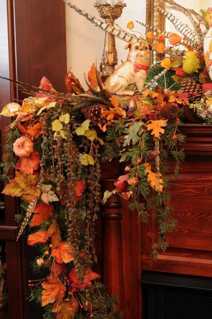 Calabaza y pi as de pino como decoraci n de oto o for Decoracion con hojas secas
