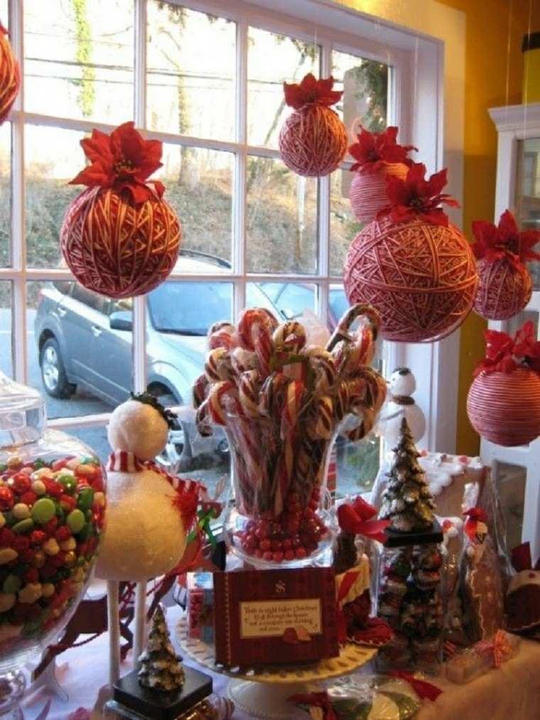 adornos de navidad esferas rojas cordones