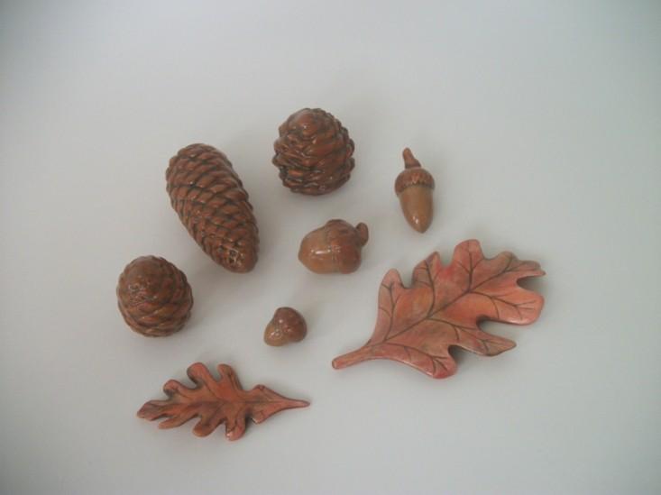 adornos ceramica forma piñas pino