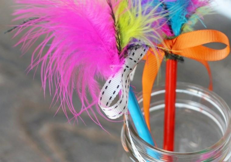 adosrnos pluma colores cañas vasos
