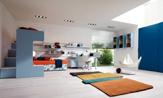alfombra color naranja muebles azules
