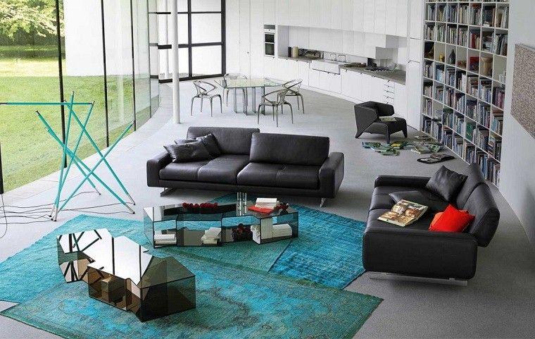 alfombra-original-salon-moderno-amplio-abierto-comedor