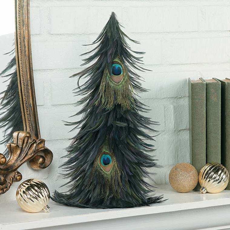 arbol navidad decorado plumas pavo