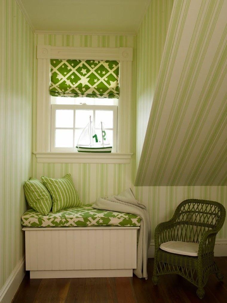 ventana asiento pequeño color verde