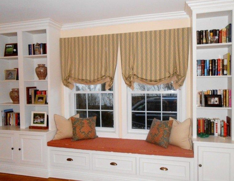 asiento naranja cortinas clasicas
