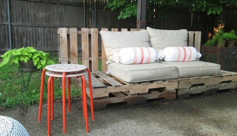 asientos jardín cojines beige