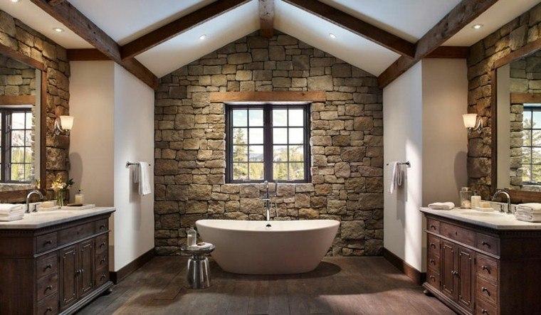 baño estilo clasico pared piedra