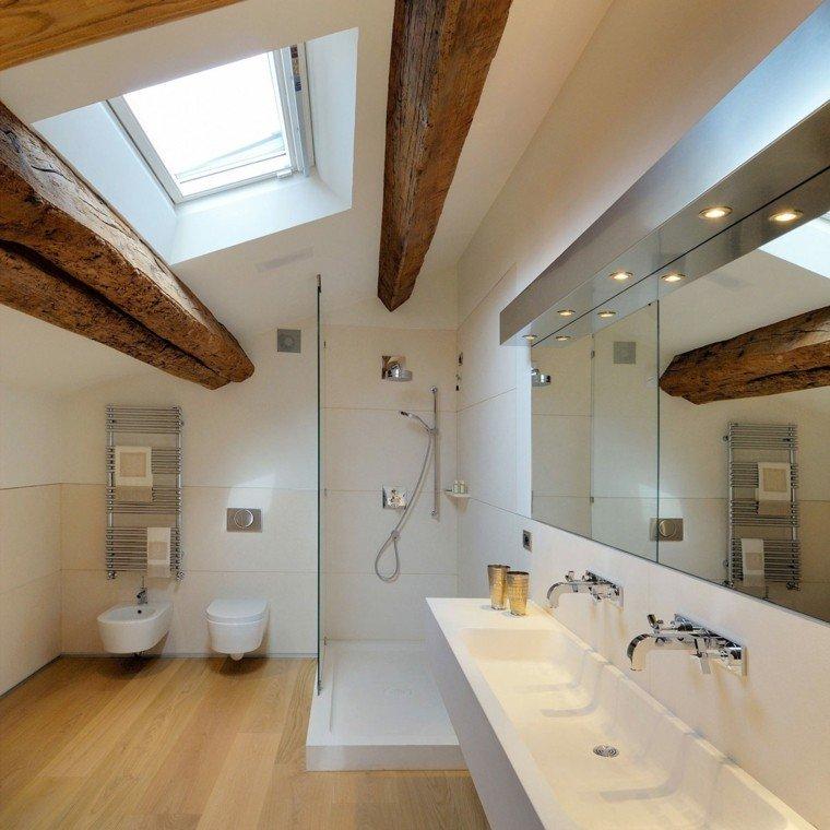baño moderno vigas madera maciza